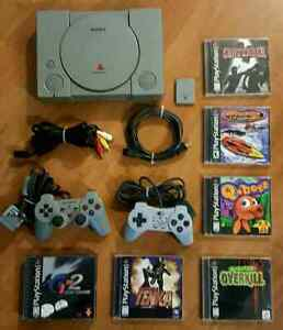 PLAYSTATION PACKAGE  / ENSEMBLE PS1