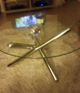 3 Piece Set - Coffee table/End tables