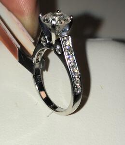 Lady's 14k , 1.76ct , white gold diamond engagement ring