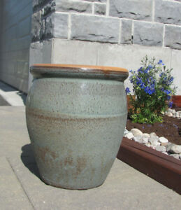 GARDEN POT – INDOOR OR OUTDOOR