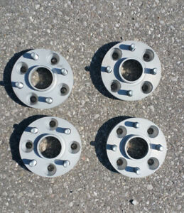 H & R - Hubcentric Wheel Spacers - 25 mm. - Honda