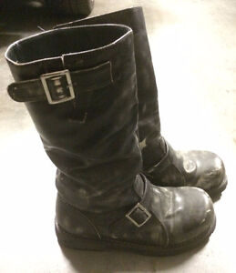 Excellent condition wasteland style boots
