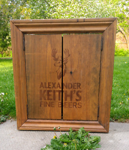 Alexander Keith's Wooden Dartboard Cabinet with Viper Dartboard