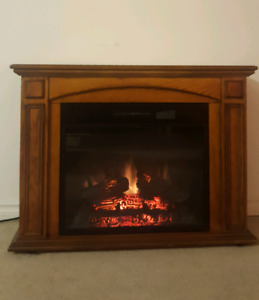 Oak wood electric fireplace