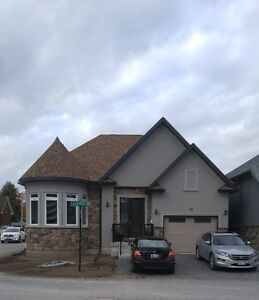 Luxury House Available for Rent in Prime Peterborough!