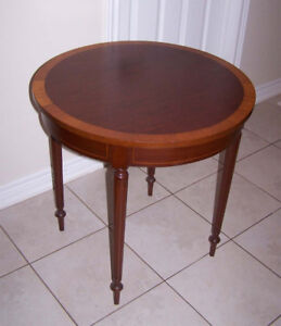 Beautiful Antique Lionel Rawlinson (Toronto) Occasional table