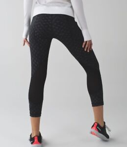 """Lululemon Pace Rival Crop *22"""" - Lace Play Shimmer Black Black 8"""