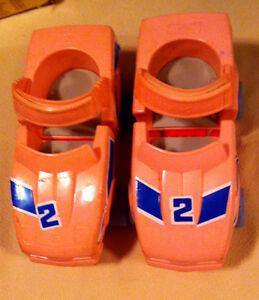 Car shaped ROLLER SKATES Lewis Galoob toy ltd. 1987