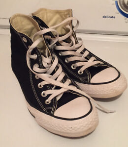 Woman's high top converse size 9