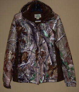 """WOMEN'S """"REDHEAD FOR HER"""" CAMO PARKA"""