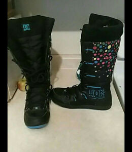 Women's DC WINTER BOOTS SIZE 9