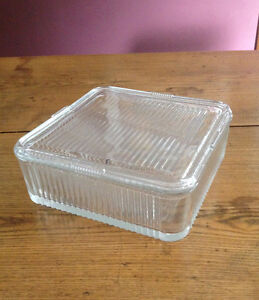 Clear glass refrigerator dish with lid
