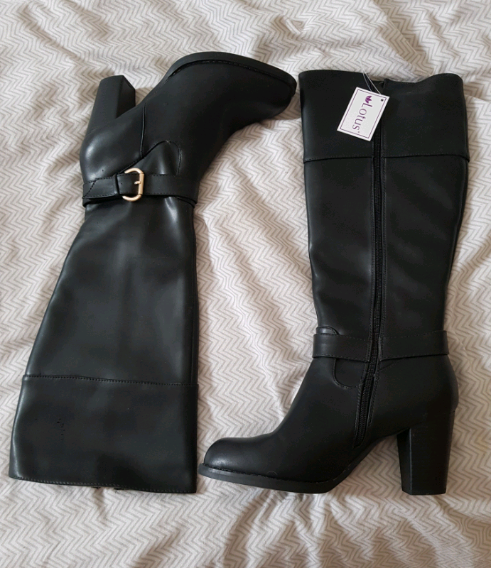 8bd53548b44 Size 7 knee high boots   in Wombwell, South Yorkshire   Gumtree