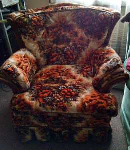 Used Country Armchair - SMOKE FREE / PET FREE