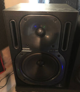 """Pair of Behringer B2030A TRUTH Active 6 ¾"""" Woofer Studio Monitor"""