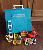 Vintage Fisher Price Play Family A Frame