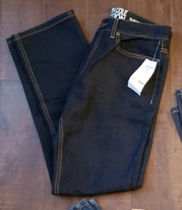 Mens Jeans  30/32 Brand New With Tag Kenneth Cole Reaction $15