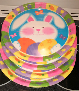 NEW plastic colourful round Easter bunny platters