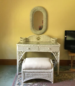 Wicker Bedroom Vanity Set