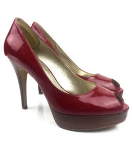GUESS - RED HEELS - 7.5