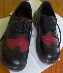 LADIES SHOES-DOC MARTENS SIZE 6-Price Reduced