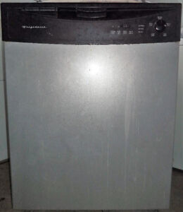 FRIGIDAIRE STAINLESS STEEL DISHWASHER FOR SALE!