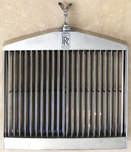 1996 rolls royce silver spur grill with movable flying lady