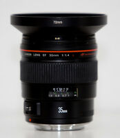 Canon EF 35mm f/1.4L USM Lens *** Mint Condition ***