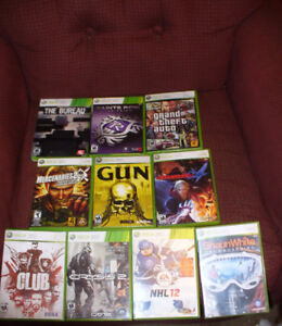 box lot of 10 Xbox 360 games.DJ hero turntable