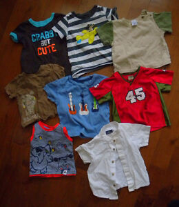 Vêtements 9-12 mois (65 morceaux)