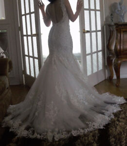 ROBE DE MARIEE + VOILE / WEDDING DRESS + VEIL FOR SALE
