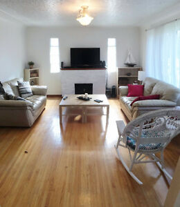 Furnished Room for rent on WHYTE AVE - Free TV/WiFi/Utilities