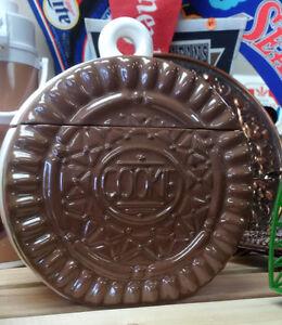 Ceramic Cookie Jar Prince George British Columbia image 1