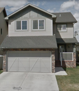 Airdrie 3bdrm 2 5 Bath Single Family Home In Kings Heights
