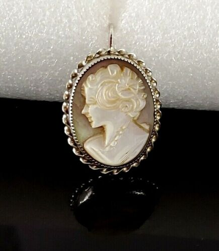 Vintage Sterling Silver Carved Mother of Pearl MOP Cameo Pendant Pin Brooch