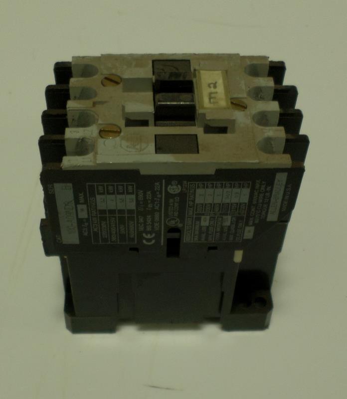 ALLEN BRADLY 600V CONTACTOR 100-A09ND8 SER B