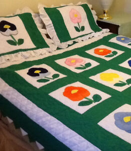 New Hand Made DOUBLE/QUEEN SIZED QUILT/SHAMS, HAND quilted & emb