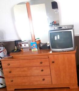 meuble commode bureau avec miroir détachable FAIT AU CANADA