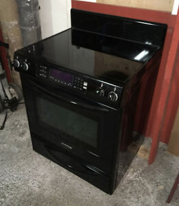 Cuisinière noire KitchenAid Convection excellente condition