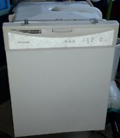 Frgidaire dishwasher white