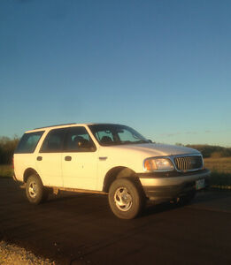 2001 Ford Expedition XLT *SAFTIED*
