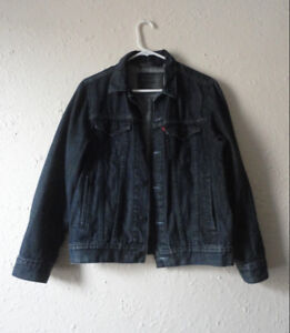 Dark Blue Levi's Denim Jacket