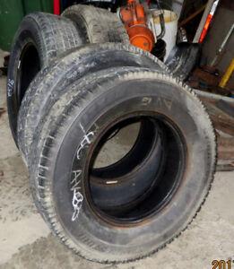 pneus 225-65-17 hiver