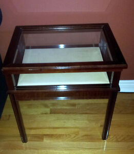 Solid wooden bombay curio table display table London Ontario image 1