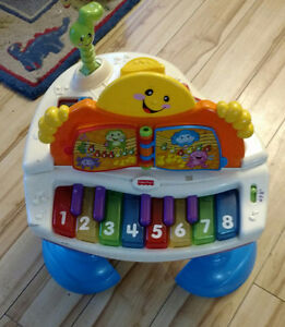 Fisher Price activity table/piano