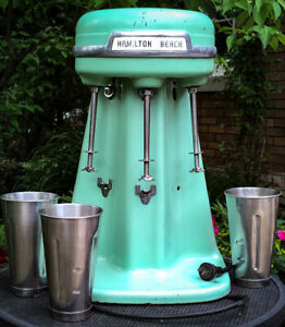 1940s/50s Hamilton Beach Model 40DM 3-spindle Malt Mixer