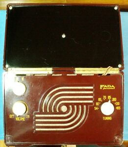 FADA PORTABLE TUBE RADIO MODEL P80