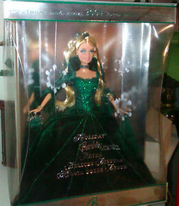 HOLIDAY BARBIE COLLECTOR SPECIAL 2004 EDITION  GREEN DRESS *NEW* Prince George British Columbia image 1