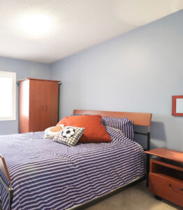 Queen-size Bedroom Set- Bed Frame, 2 Night Tables & Armoire