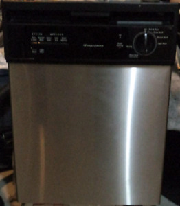 "FRIGIDAIRE 18"" STAINLESS STEEL DISHWASHER FOR SALE!"